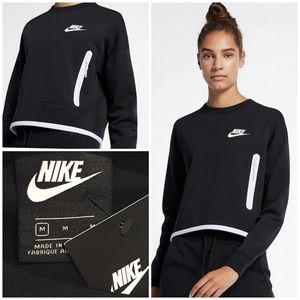 NWT Nike Tech Fleece Oversized Sweatshirt